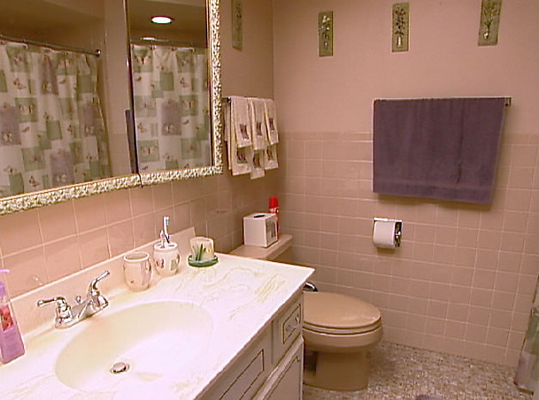 Save The Pink Bathrooms Tv Makeovers That Make Us Oh