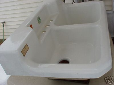 vintage 40s farmhouse sink
