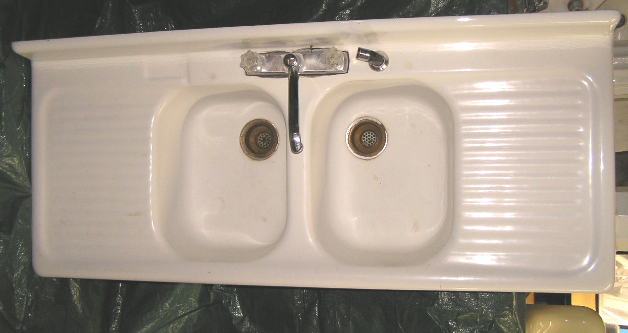 Vintage Farmhouse Kitchen Sink : Vintage Porcelain Over Cast Iron Kitchen Sinks And Farm Ask Home ...