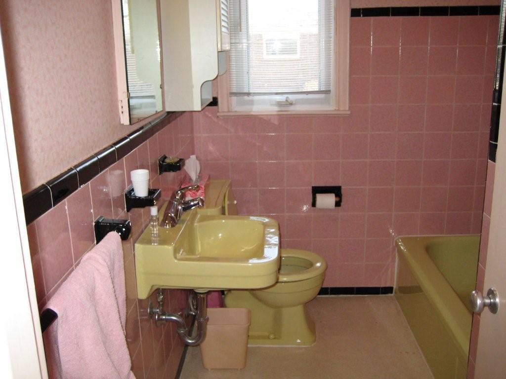Julia\'s pink bathroom