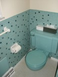 michael-main-bath-stool