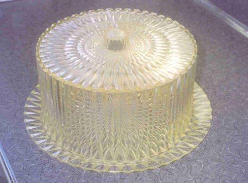 elizabeths-cake-plate