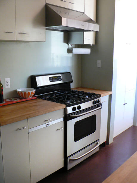 vintage-steel-kitchen-cabinets
