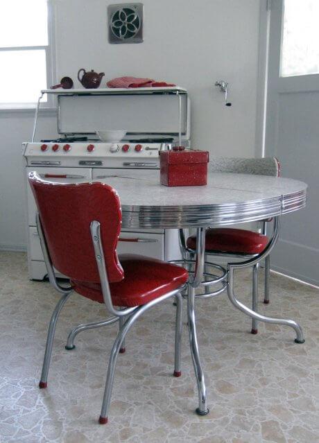 stephanies-vintage-kitchen