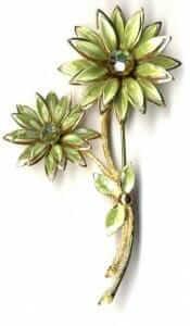 vintage-brooch-pin-175x300