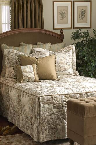 Calico Corners custom-made bedspread - Retro Renovation