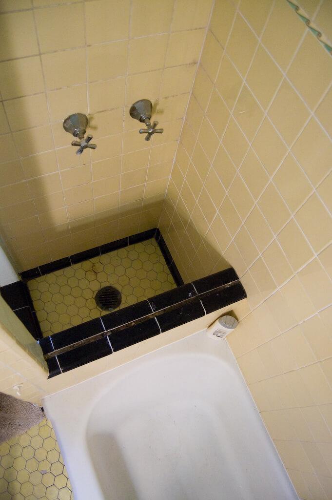 Rachel And Brian S 1920s Bathroom Retro Renovation
