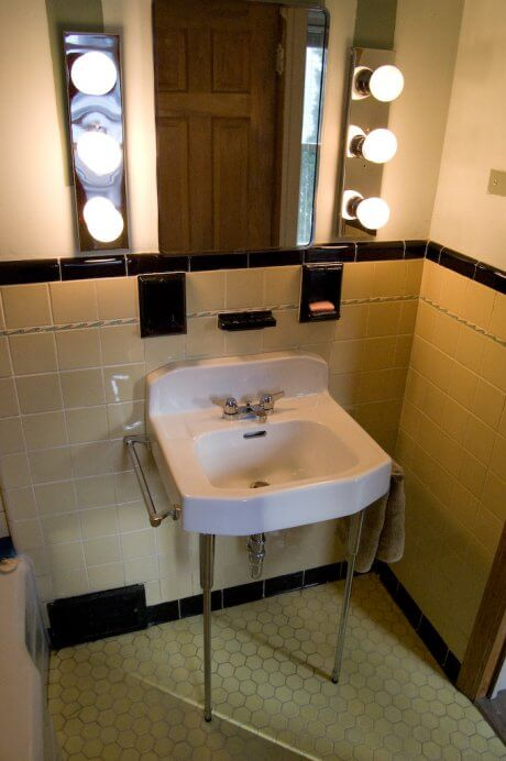 Gw manis appliances of the 1920s for Bathroom sink renovation