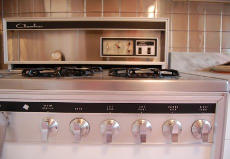 Vintage Chambers Stoves Amp Oven In The Time Capsule House