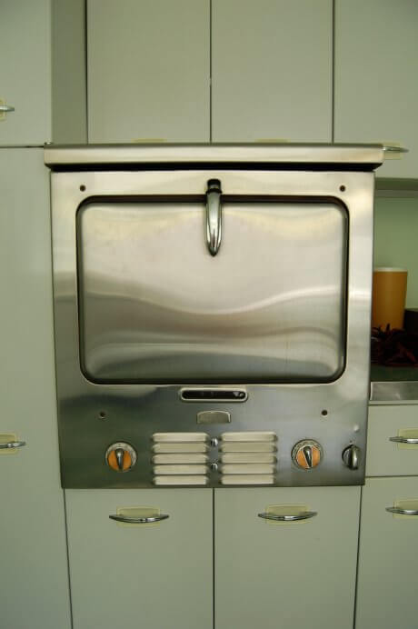 vintage-chambers-built-in-oven