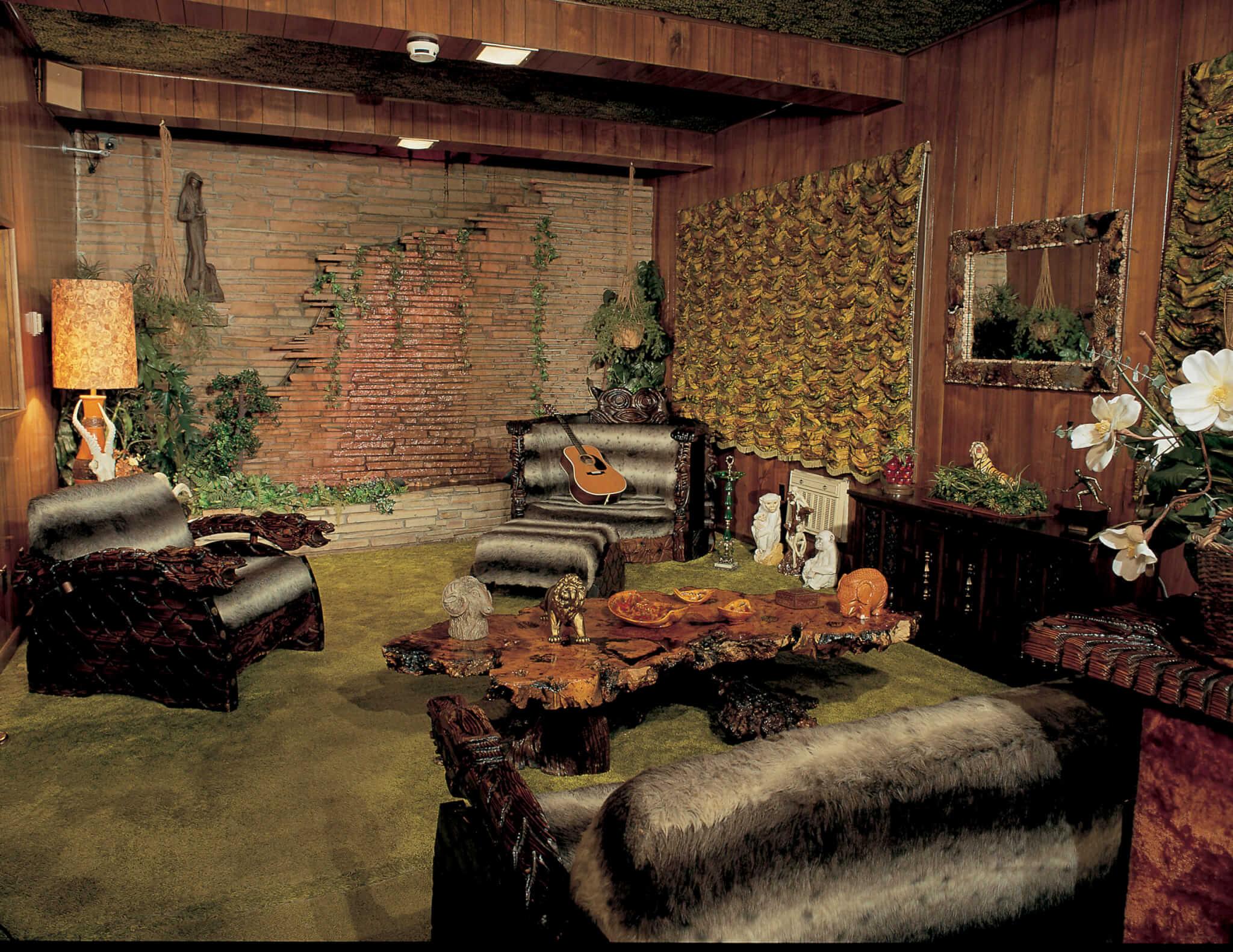 graceland-jungle-room