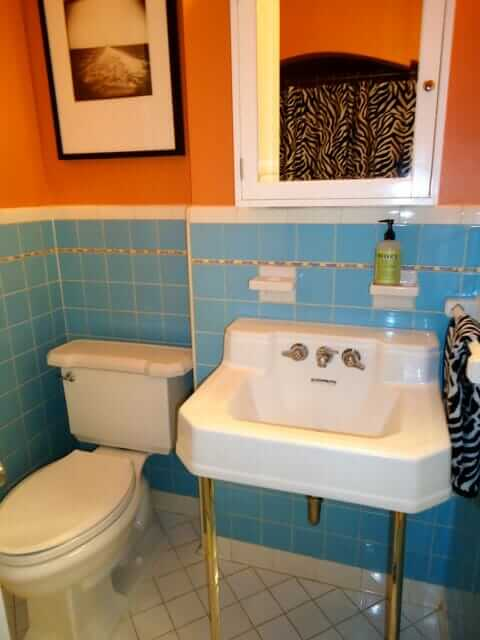 marisa-blue-bathroom
