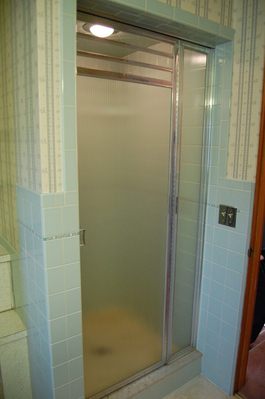 10 vintage shower doors help answer what kind of shower for Bathroom entrance doors