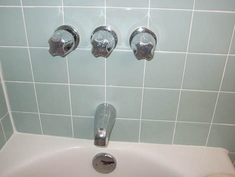retro style bathtub faucets