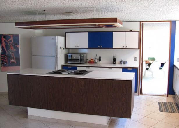 kitchen in dome house influenced by buckminster fuller