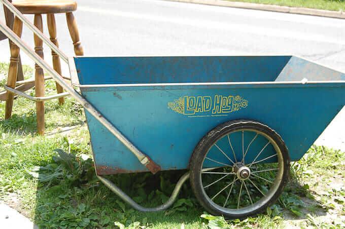 vintage-garden-wagon