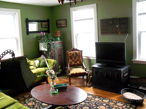 vintage chic living room in 1888 rhode island house