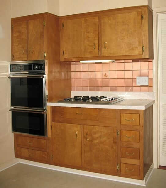 Wood kitchen cabinets in the 1950s and 1960s unitized for Cupboards and cabinets