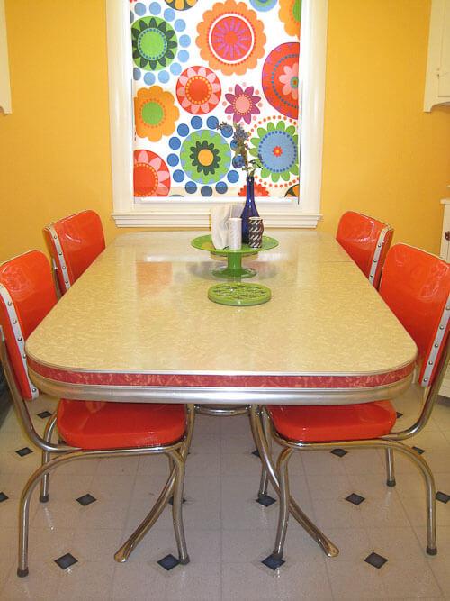 Melissa DIY Refinishes And Reupholsters Her 1950s Dinette And Cosco High Chai