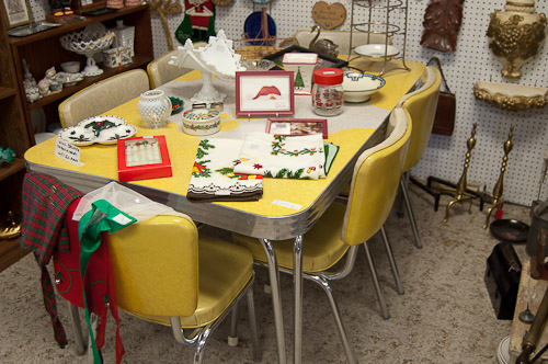 1950s dinette table