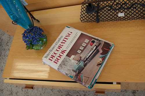 better homes and decorating book
