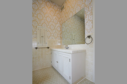 1956 bathroom