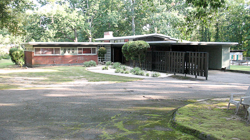 midcentury modern house north carolina