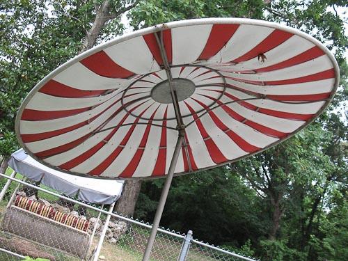 vintage pool umbrella