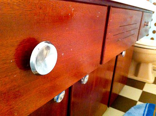 wood bathroom vanity with retro drawer pulls