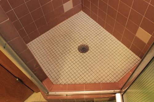shower foot print