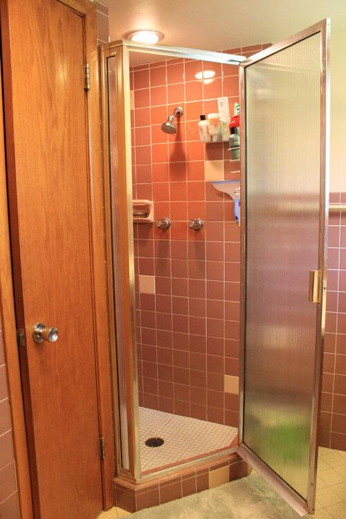 small retro shower mauve