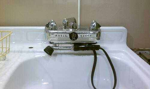 Vintage Magic Queen kitchen faucet a major new kitchen
