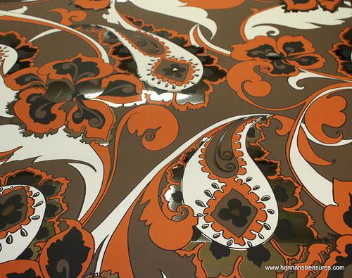 metallic wallpaper vintage