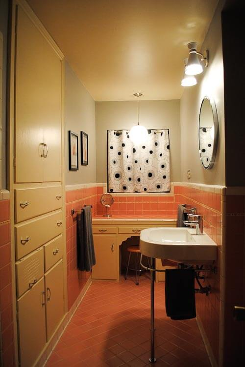 Retro modern bathroom ideas : Duravit bathroom sinks great for retro modern