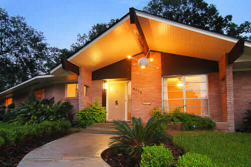 1957 sputnik house midcentury modern time capsule house for Modern houses in houston