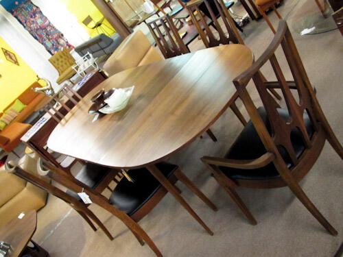 broyhill brasilia dining room