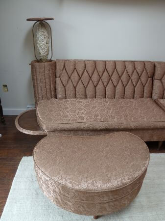 Vintage Newport Chesterfield Sectional Sofa With Hideaway
