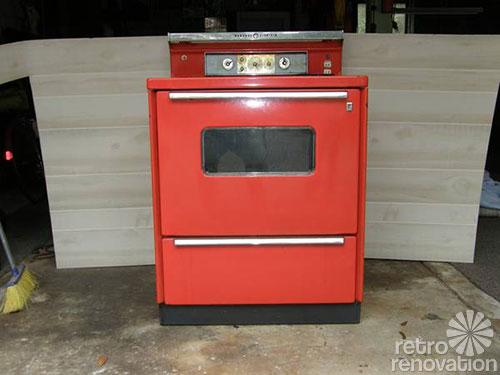 1960s-GE-poppy-stove
