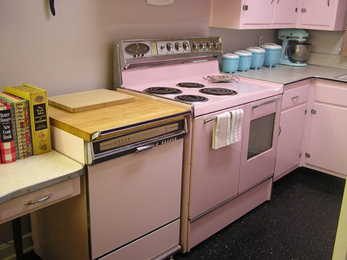 Pink-fridigaire-double-oven-susie-O