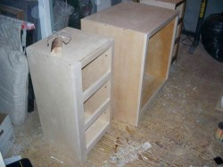 building-cabinets for bath vanity
