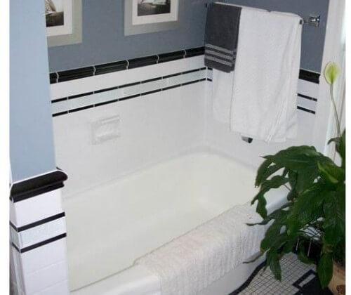 liner tile in chris bathroom
