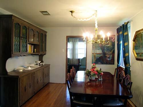 retro-dining-room