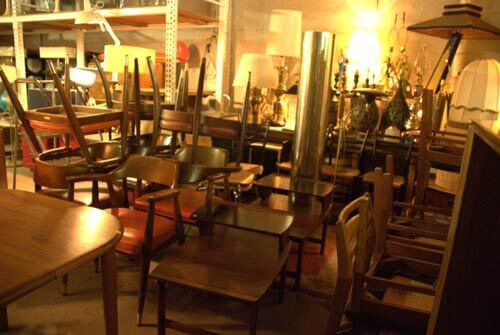 vintage-chairs-and-tables