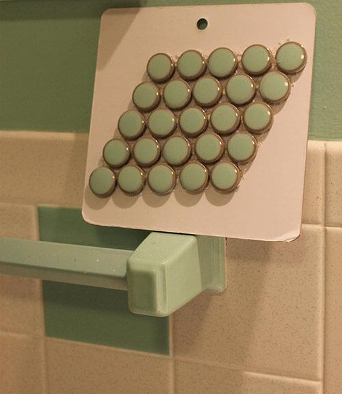 penny-round-vintage-green-tile