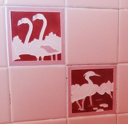 pink-flamingo-bath-tile