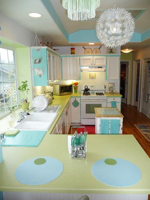 Retro Bright Kitchen