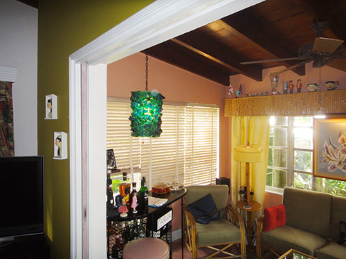retro-tiki-living-room