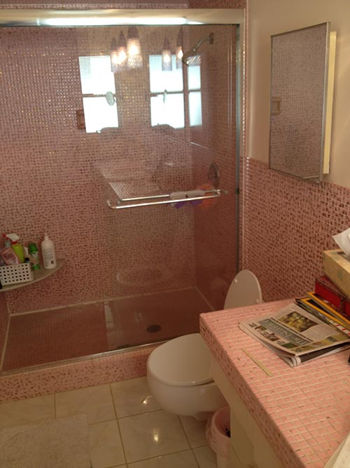 pink and gold metallic bathroom tile. Pink and metallic gold mosaic tile in this vintage Sarasota