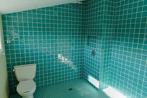 turquiose-tile-bathroom-ann-sacks