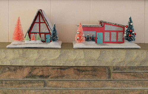 two-retro-christmas-houses